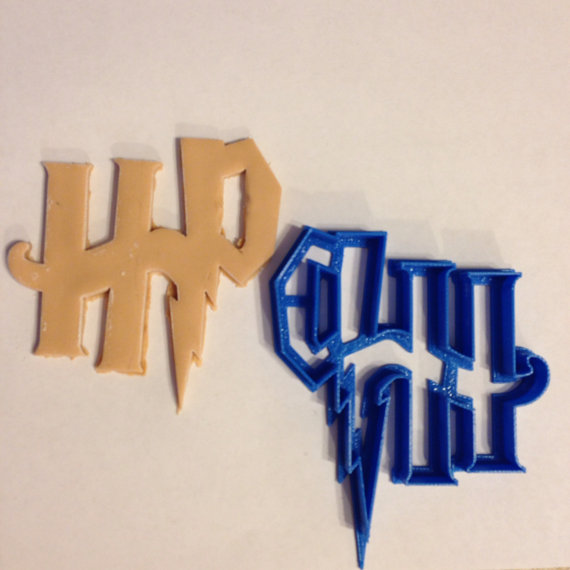 Harry-Potter-Logo-Cookie-Cutter