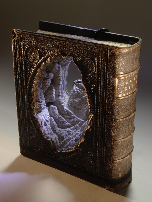 book-sculpture-guy-laramee-3
