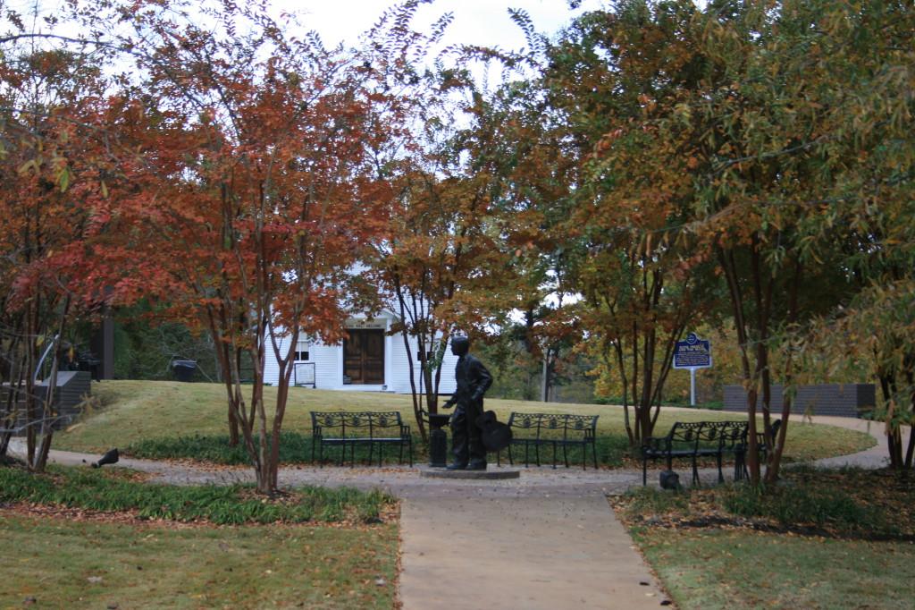Tupelo,_MS_Elvis_Park