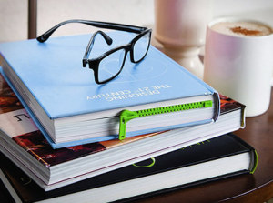 Záložka udržující vaši knihu v bezpečí, dokud se k ní nevrátíte.